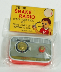 Gag radio